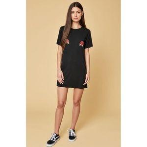Black Floral Rose Embroidered T-Shirt Dress Medium